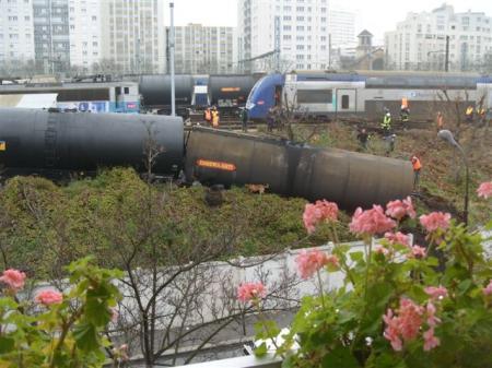 Accident ferroviaire du 16 décembre 2008, à Paris 15e